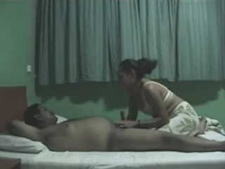 Isv gallery 07. Indian housewife giving her hubby a blowjob