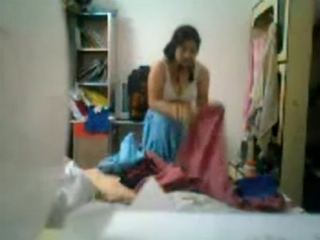 Isv gallery 50. Pakistani wife shumaila caught by hidden cam fixed by her nephew